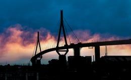 Puente en Hamburgo Alemania fotografía de archivo