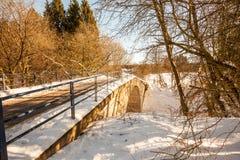 Puente en la nieve Imagen de archivo libre de regalías