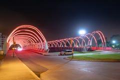 Puente en la noche - Córdoba, la Argentina de Puente del Bicentenario Bicentenary fotos de archivo
