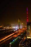 Puente en la noche en Sao Paulo foto de archivo
