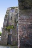 Puente en la original Roman Walls que cerca la ciudad de Chester en Inglaterra imagen de archivo libre de regalías