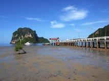 Puente en la playa Fotografía de archivo