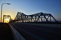 Puente en la puesta del sol Fotografía de archivo libre de regalías