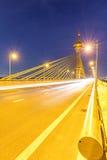Puente en la puesta del sol de Nonthaburi Tailandia fotos de archivo libres de regalías