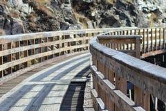 Puente en las montañas sobre Kelowna B C Imagen de archivo