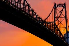 Puente en puesta del sol Imagen de archivo