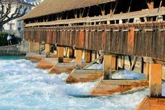 Puente en Suiza imagen de archivo
