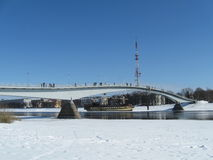 Puente en Veliky Novgorod en invierno Foto de archivo libre de regalías
