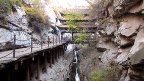 Puente enorme en MienShan Fotografía de archivo libre de regalías