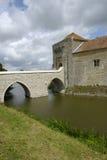 Puente a escudarse Foto de archivo
