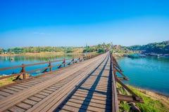 Puente - estructura construida, estructura construida, lugar famoso, Asia, Tailandia imagen de archivo