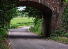 Puente ferroviario del carril inglés del país Foto de archivo