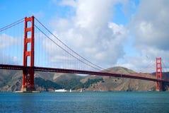 Puente Golden Gate con el transbordador Imagen de archivo