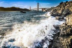 puente Golden Gate de la playa del ordenar Imagen de archivo