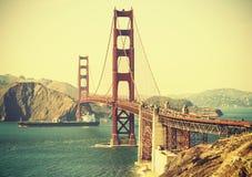 Puente Golden Gate retro del estilo de la película vieja Fotos de archivo