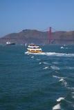 Puente Golden Gate | Transbordador y nave Imagenes de archivo