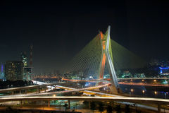 Puente hermoso en Sao Paulo Imagen de archivo