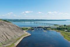 Puente a la isla de Orleans Foto de archivo libre de regalías