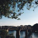 Puente a la naturaleza Foto de archivo libre de regalías