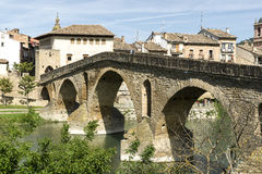Puente la Reina Bridge over the Arga River. Puente la Reina, Navarra, Spain. Stock Photo