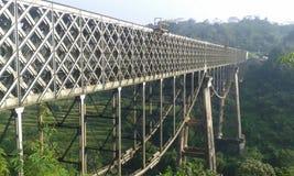 Puente largo foto de archivo libre de regalías