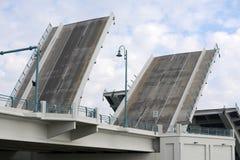 Puente levadizo foto de archivo