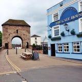 Puente medieval fortificado Monmouth Imagenes de archivo