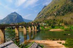 Puente mega del khiaw de Nong, Nong Khiaw, Laos Fotografía de archivo