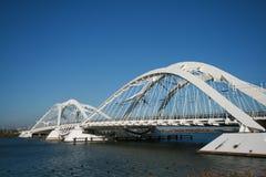 Puente moderno foto de archivo libre de regalías