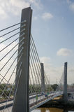 Puente moderno que atraviesa un río en Lobito, Angola Fotos de archivo libres de regalías