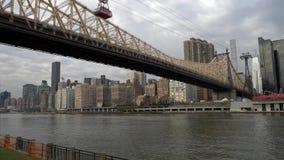 Puente New York City Manhattan de Ed Koch Queensboro almacen de video