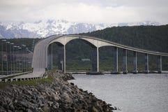 Puente Noruega del fiordo Imágenes de archivo libres de regalías