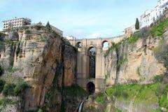 Puente Nuevo bro, i Ronda, Spanien Arkivfoto
