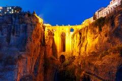Puente Nuevo, ny bro, på natten i Ronda, Spanien Arkivfoton
