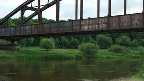 Puente oxidado sobre el Weser Imágenes de archivo libres de regalías