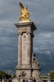 Puente París Francia de Alejandro III Fotografía de archivo