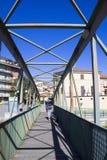 Puente peatonal Ceva, Italia 6 de agosto de 2016 Foto de archivo libre de regalías