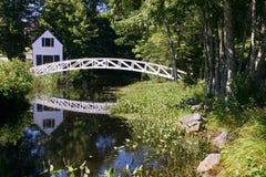 Puente peatonal viejo Foto de archivo libre de regalías