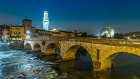 Puente Ponte Pietra Fotos de archivo