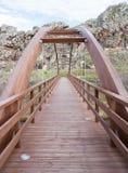 Puente que recorre rojo Fotografía de archivo