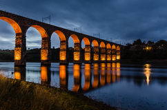Puente real rojo de la frontera Foto de archivo