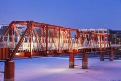Puente rojo en Des Moines Fotos de archivo libres de regalías