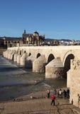 Puente romano de C?rdoba, Espa?a Fotos de archivo libres de regalías