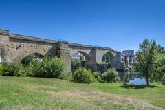 Puente romano de Orense imagen de archivo libre de regalías