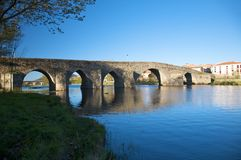 Puente romano en el barco Ávila Fotografía de archivo