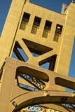 Puente Sacramento vieja de la torre Imagen de archivo libre de regalías