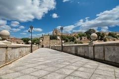 Puente San Martin Imagen de archivo libre de regalías