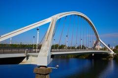 Puente Sevilla de Sevilla Puente de la Barqueta imagen de archivo