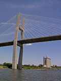 Puente sobre el agua Imagenes de archivo