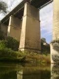 Puente sobre el barranco, Kamenets-Podolskiy, Ucrania Foto de archivo